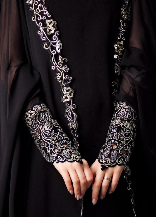 Latest-Formal-embroidered-Abaya-Designs (10)