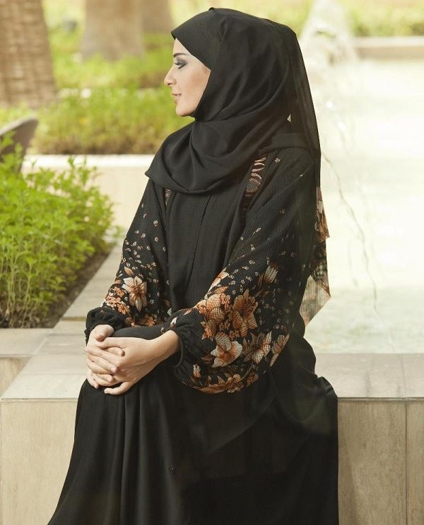 Latest-Formal-embroidered-Abaya-Designs (11)