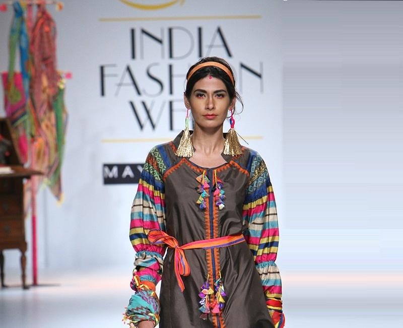 Anupama-Dayal-Summer-2016-2017-at-Amazon-India-Fashion-Week (2)