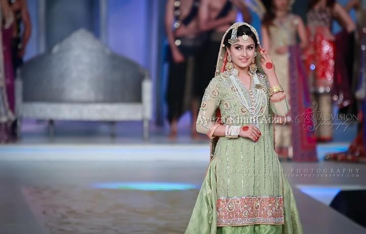 Ayeza-Khan-Biography-and-Profile (10)