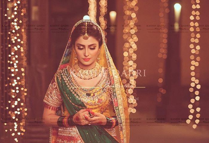 Ayeza-Khan-Mehndi-photo-shoot (3)