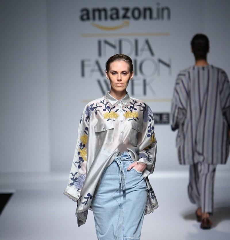 Ikai-by-Ragini-Ahuja-summer-2016-2017-at-Amazon-India-Fashion-Week (1)