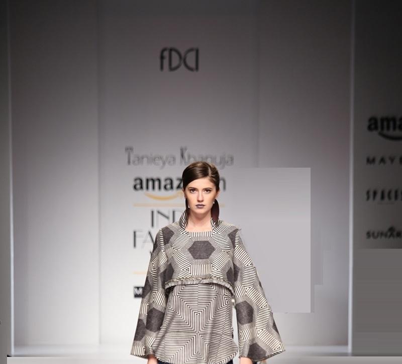 Tanieya-Khanuja-summer-2016-2017-at-Amazon-India-Fashion-Week (1)