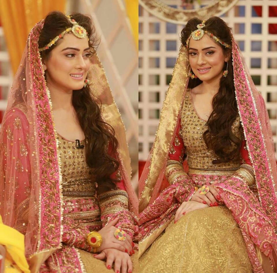 Wedding-Ghagra-Choli-Designs-for-Mehndi-Functions (19)