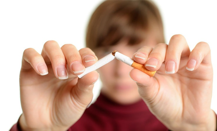 quit smoking for nails whitening