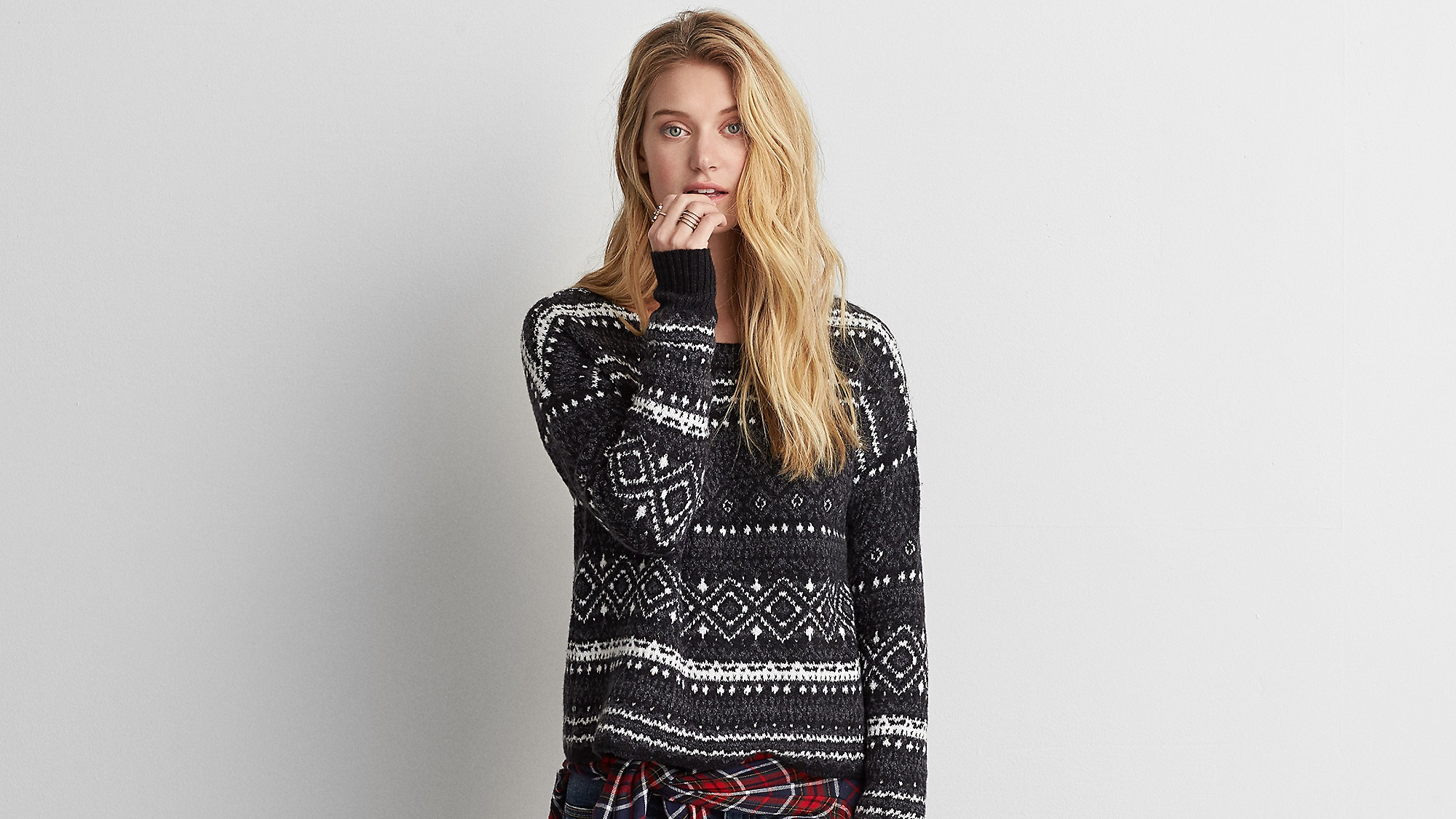 Aeo Patterned Crew Sweater for girls by American Outfitters