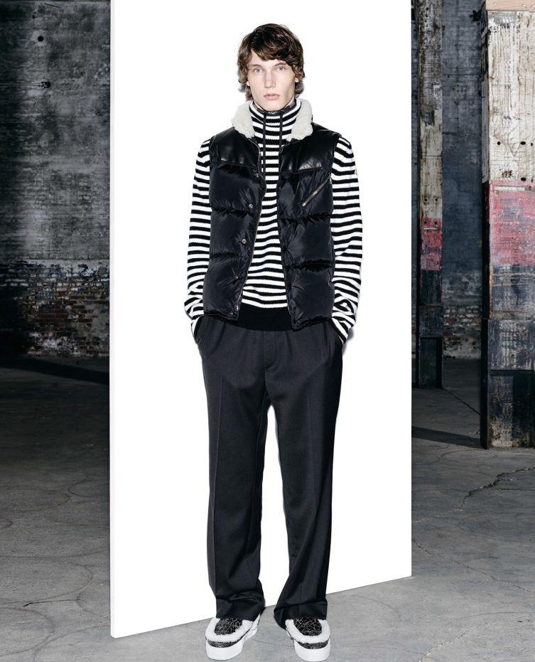 Moncler sleeveless fur leather jacket for men