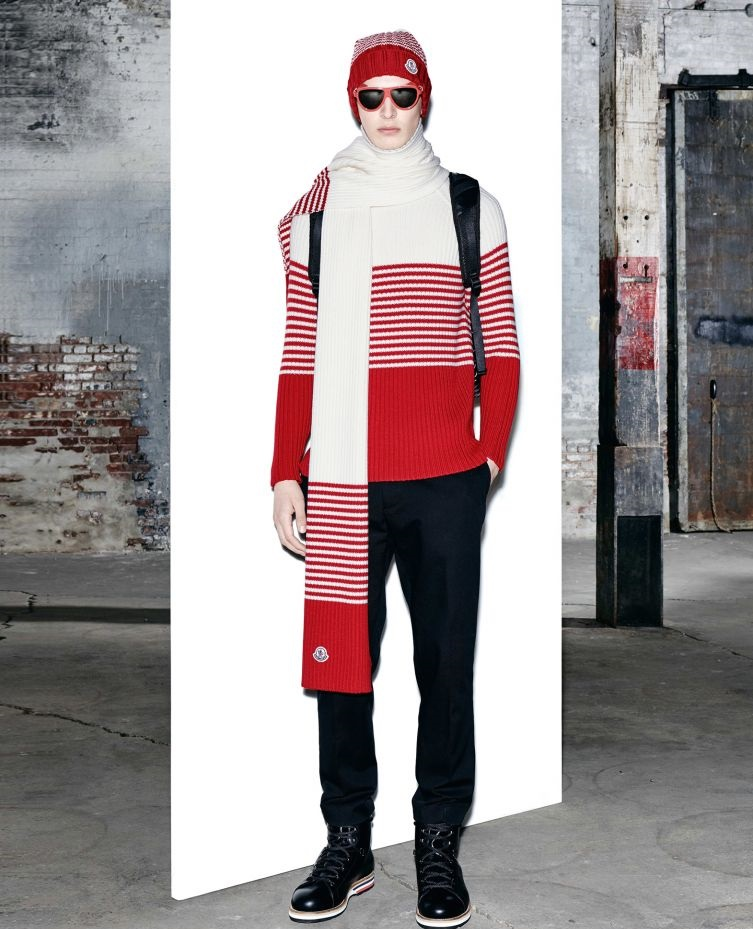 Moncler Polo Neck red sweater with muffler and cap