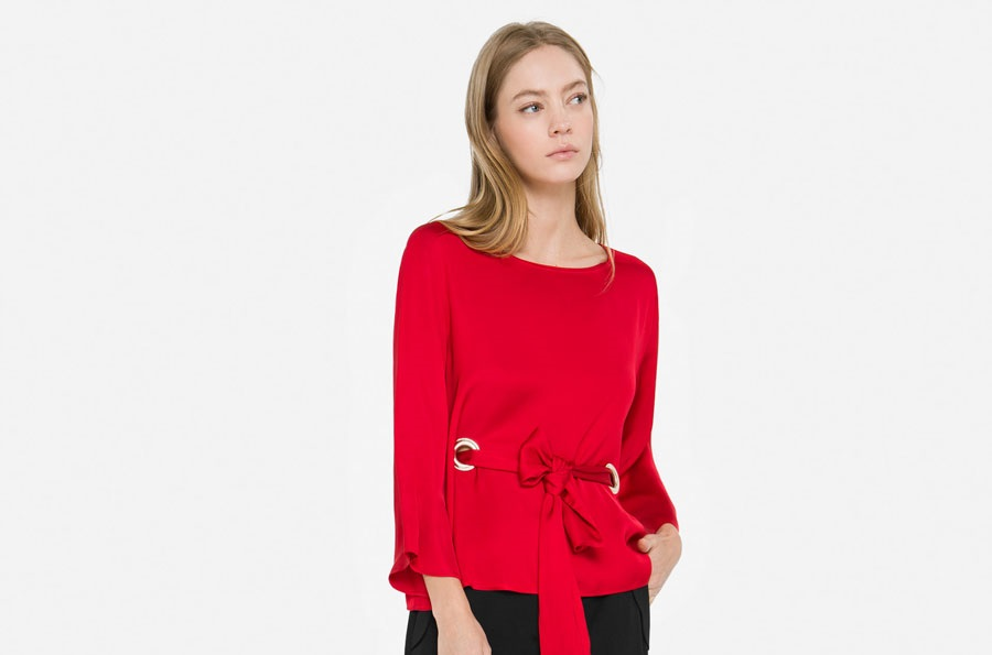 Uterque Red Eyelets Winter blouse