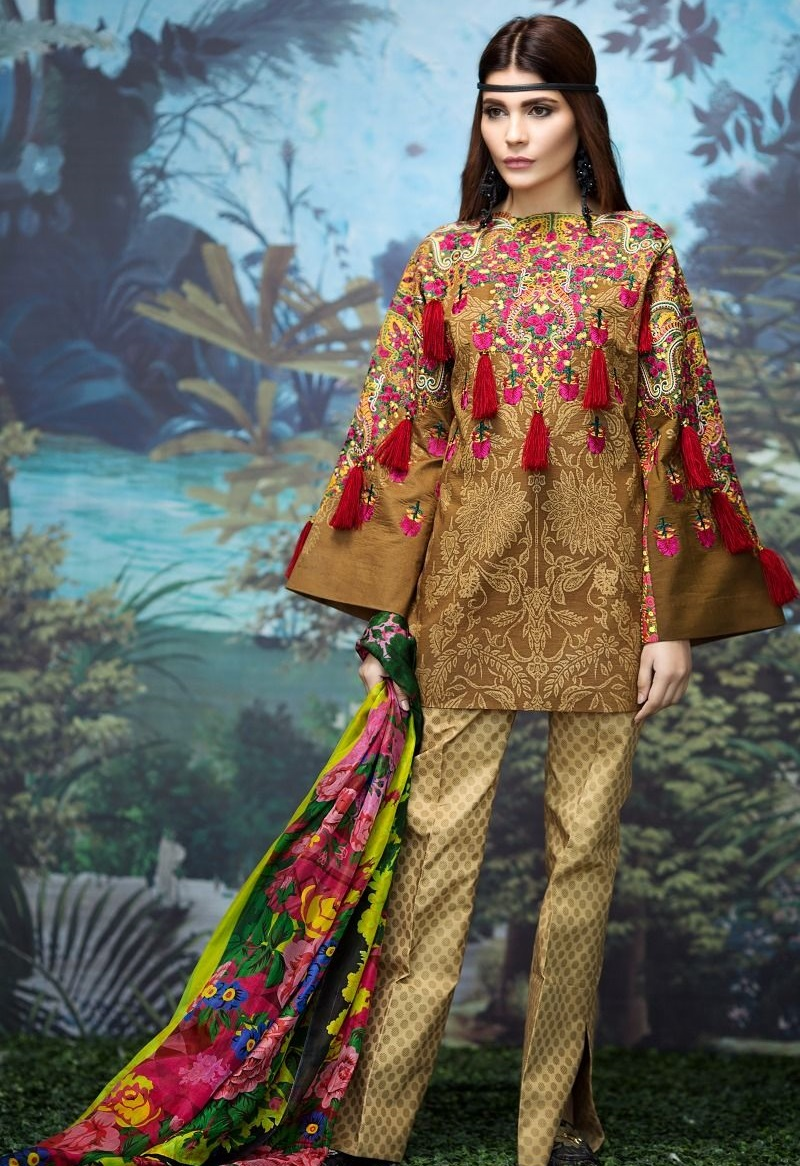Kashmiri style embroidered gold printed Lawn suit by Sana Safinaz