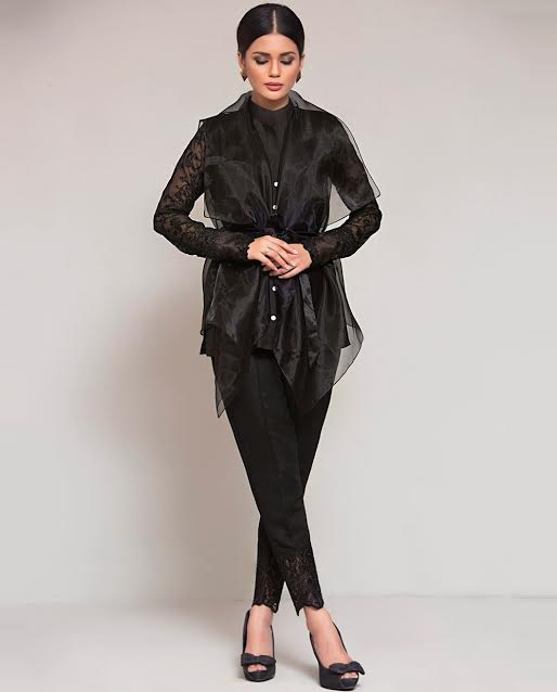 jet black Puffy Organza Waist Belt Upper with neat sleeves and pencil trouser