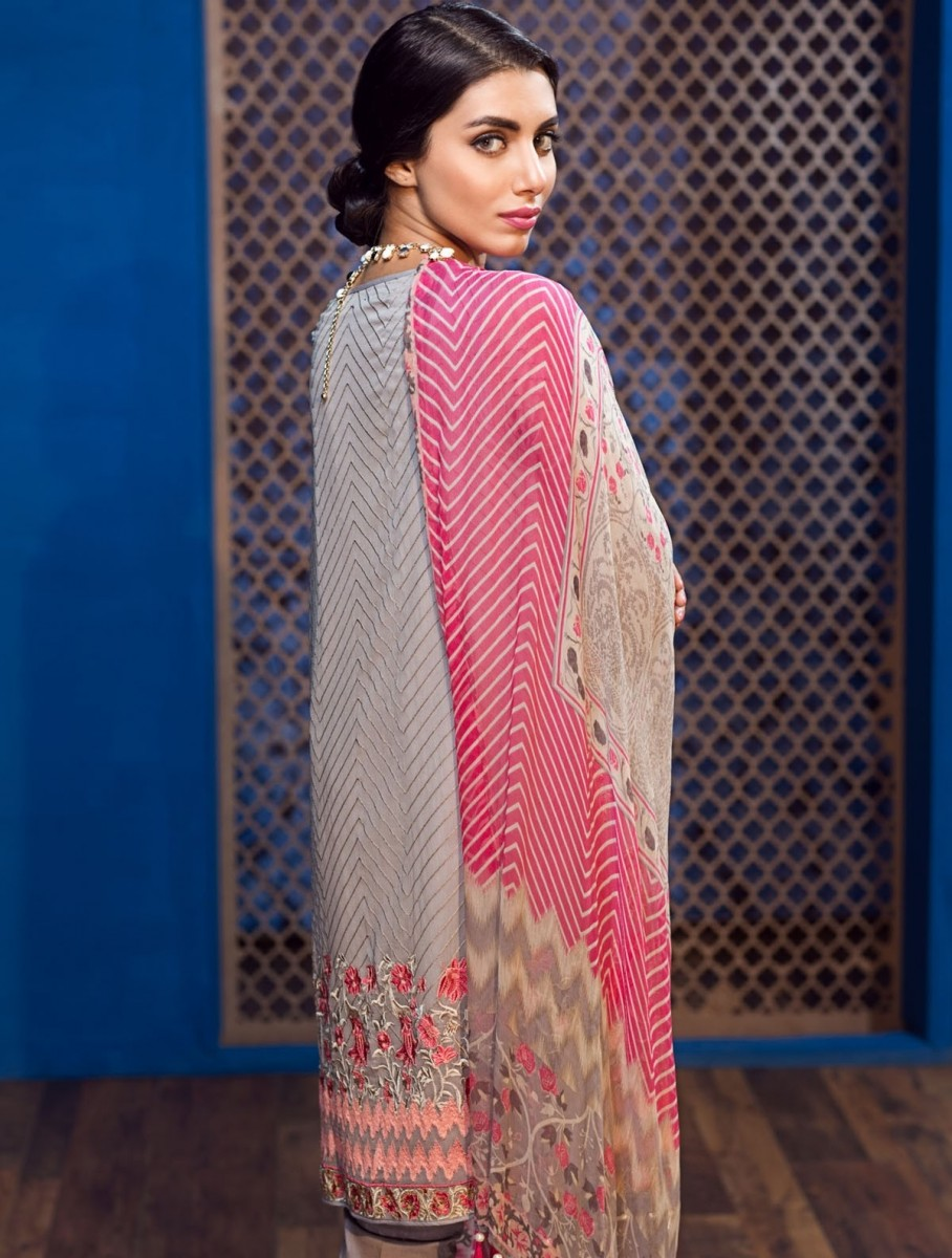 Grey embroidered chiffon eid dress with chiffon dupatta