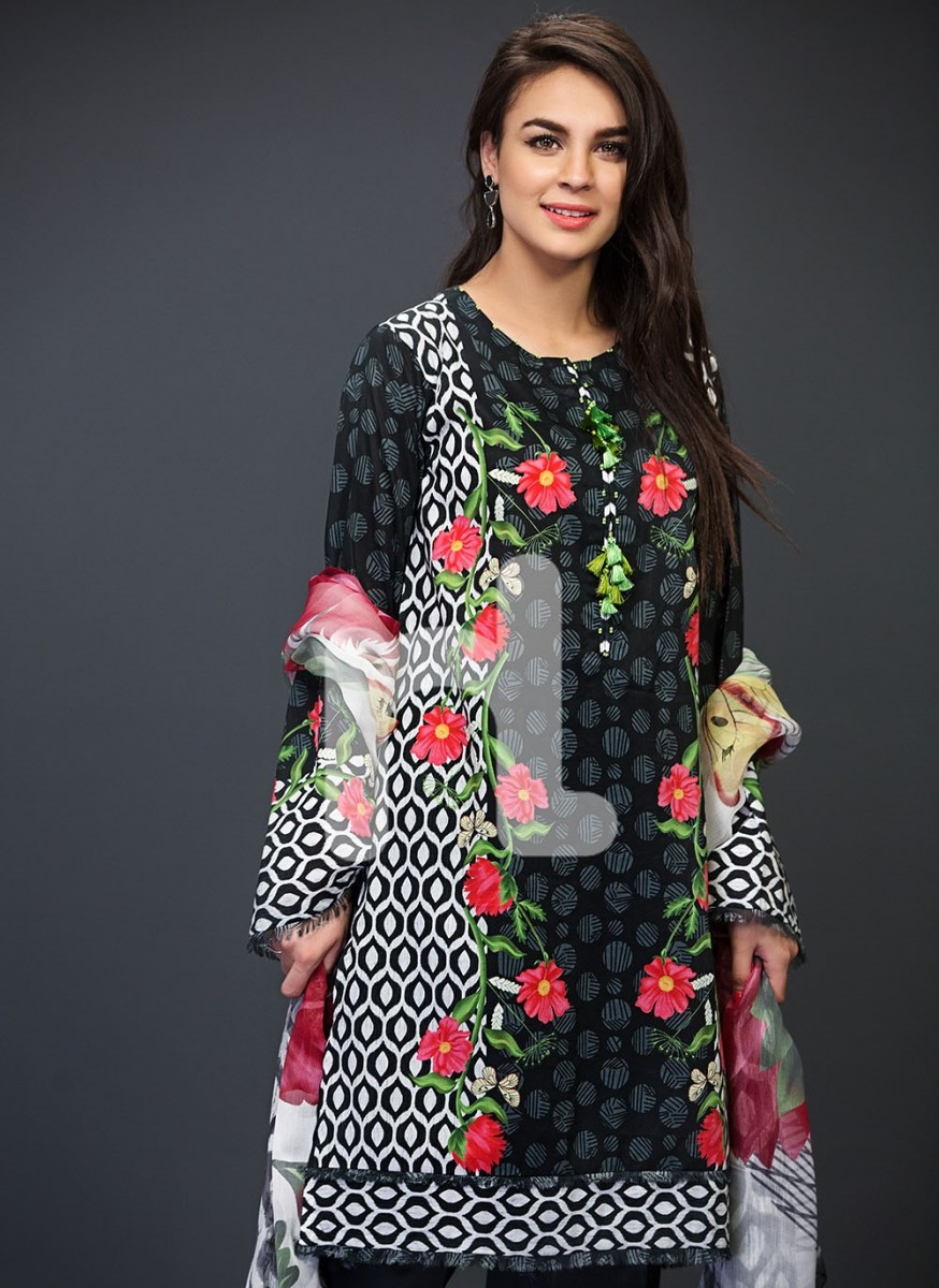Stand Out Designs Shirts : Nishat lawn  designs summer catalog by nisha