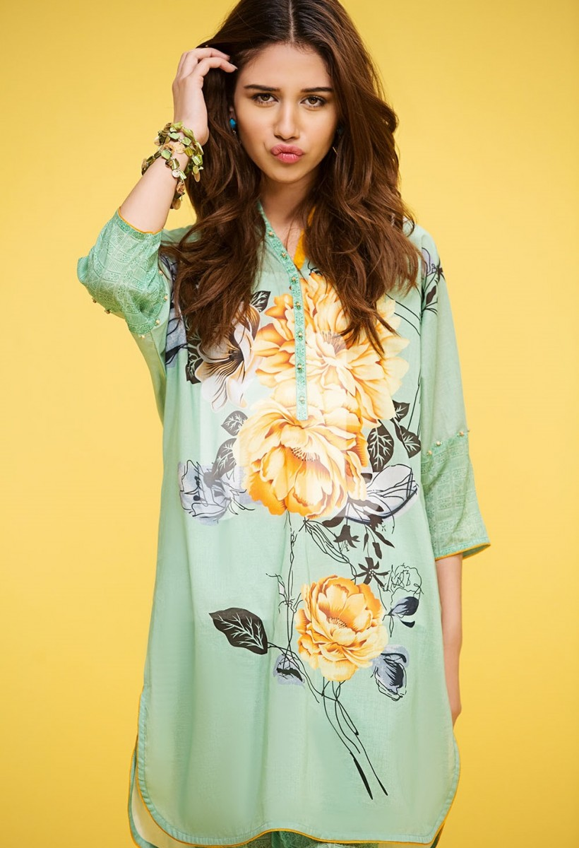 Single lawn shirt by Nishat Linen Summer Collection