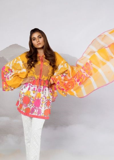 Chic Eid outfit by Sana Safinaz