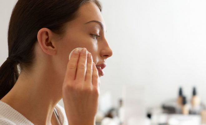 How to treat oily skin problems?