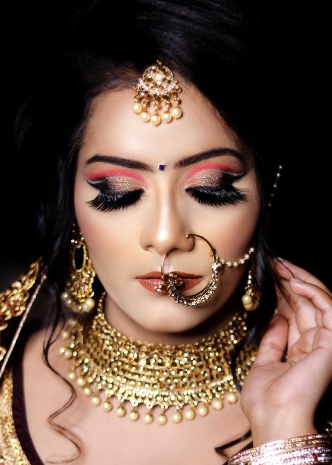 Selecting perfect wedding jewellery