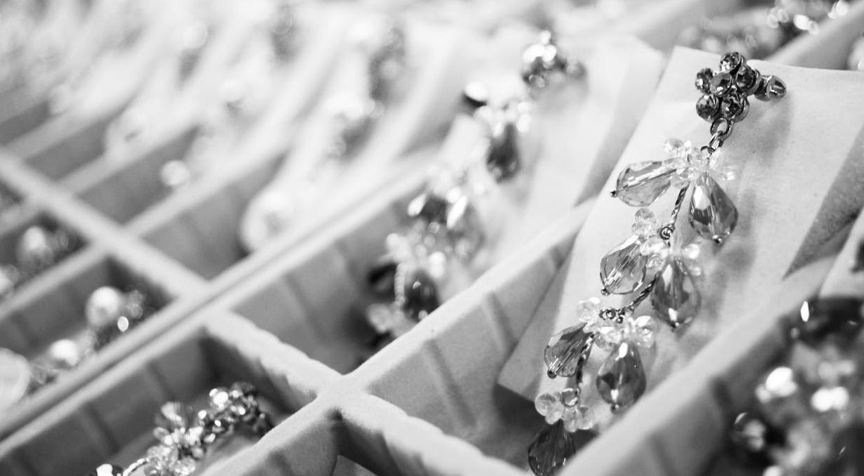 How to choose wedding jewellery